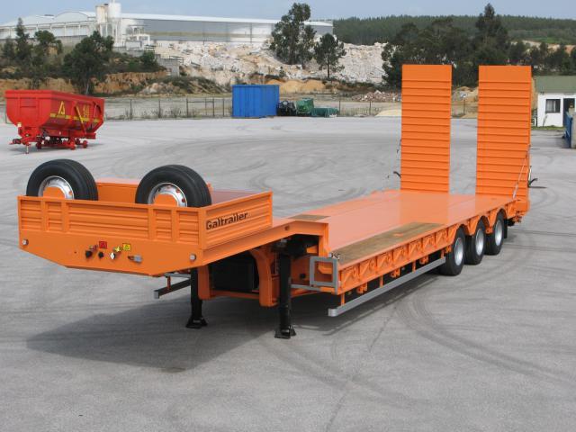 Galtrailer: porta-máquinas - 3 eixos - reforçado