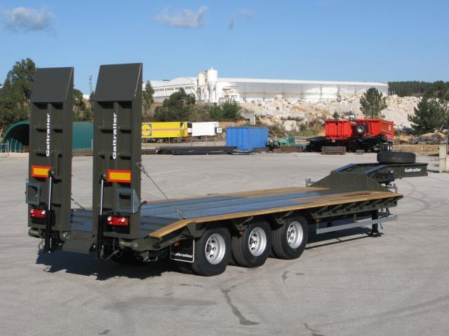 Galtrailer: semi reboque militar