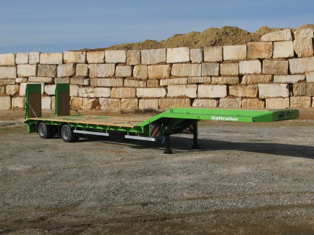 Galtrailer: semi-reboque porta-máquinas - 2 eixos